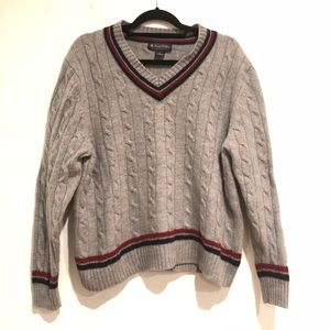 Men's Brooks Brothers v Neck wool sweater
